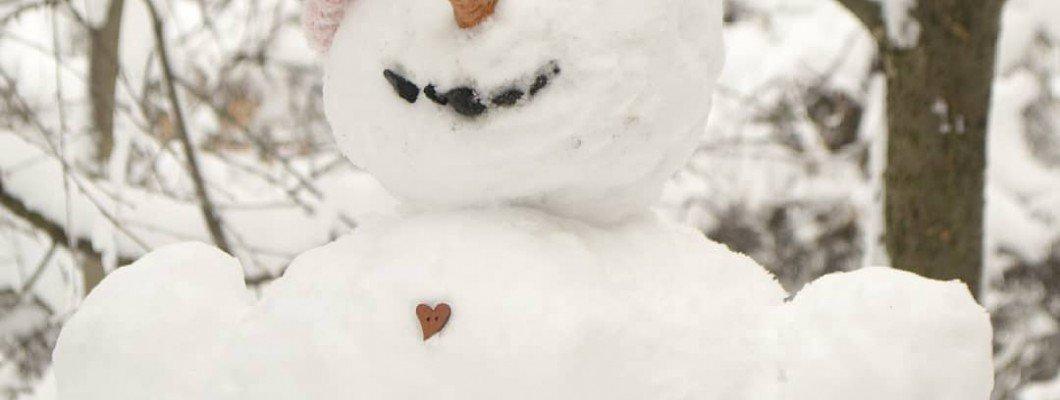 Снеговик типичной вязальщицы? Стильно, не правда...